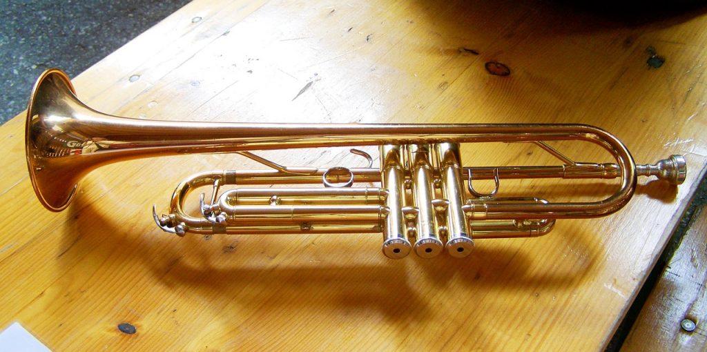 Instrumento musical de viento de metal