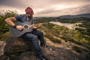 Curso guitarra, aprende a tocar la guitarra, aprende musica, toca la guitarra