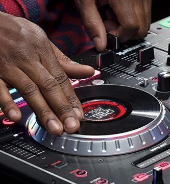 música techno, sintonizador